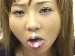 Dream Woman DX : 18 year old Momo Hoshino works hard to earn messy facial rewards throughout this movie!