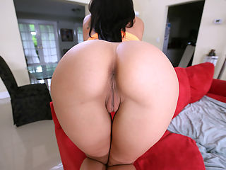 Rachel Starr Parade : Shes baaack.... Thats right people. We brought Rachel Starr in for some ass shaken here on Assparade.com. There is no better way to start off your Monday than to watch Rachel Starr get fucked. Shit... she doesnt even need to get fucked to make this video the fucking shit. In this video there is plenty of cock sucking and sixty-nining to last you for weeks. So break out the lube and get to work! Peace