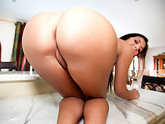 2 Phat Asses 1 Dick w Brittany Harper and Amy : Ass Parade brings to you. Two sexy big booty babes by the name of Amy and Brittany Harper. Their going to give some of that good pussy and juicy asses to Maty. Seems unfair. Two against one, but thats every man dream. maty welcome these juicy asses with open arms and gave them what they were in need of. A fat cock thats ready to blow a load of cum. Come and wacth this new update of Ass Parade. Enjoy!