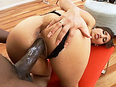 Alexis Breeze Fucks : Alexis Breeze fucks Lex Steele like a horny pro