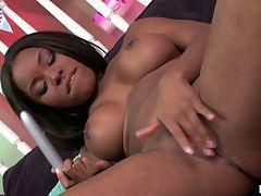 Kandace Nicole, Barely Legal : Kandace Nicole places a vibrator on both sets of wet lips