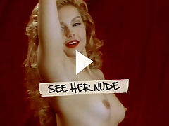 Ashley Judd : Ashley Judd flaunts her tiny titties and creamy round seat meat