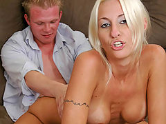 Like Mother, Like Daugther : Busty blonde chick pumpin on top of her professor