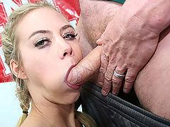 Dodge Ball Fight : Sofia Lynn loves sucking cock in the locker room