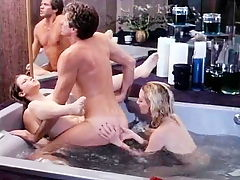 Nasty bathtub fuck with 80s porn star Eric Edwards