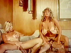 Seka seduces beautiful blonde in vintage xxx