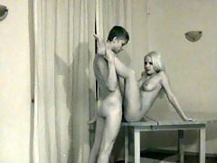 Joanna and Jan on video : When Jan asked his girlfriend Joanna if he could video tape them, she thought it would be for his own private viewing. This eighteen year old blonde cutie had no idea that he was going to share it with the world via Teen Sex Reality.