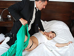 Laura Docampo - Rip Her Up : Sweet chick gets her asshole violently fucked