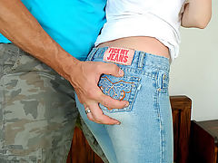 Nicolle Sun : Slim blonde on tight jeans gets hard drilled