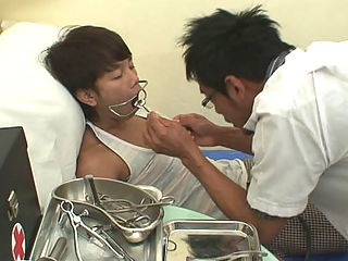 Doctor Twink 41 : Kinky medical exams