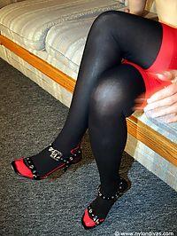 Contrast nylons girl