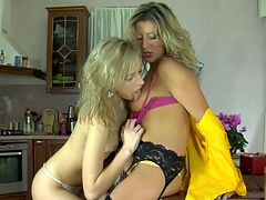 Irene and Nora awesome lesbian action : Smashing sapphic chick seducing a curvy cutie into hot lesbian making out