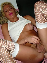 mature shemale fucking a dildo