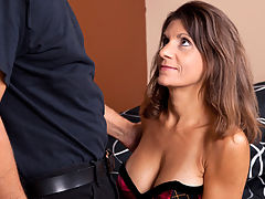 Hot housewife with tan lines rides a hard cock anal style