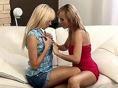 Claudia and Lenna - Luscious lesbians lick and finger