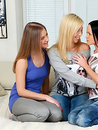 Angellina, Malia and Nadija - Three adorable teens trib and dildo
