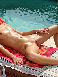 Nikita Williams Sunbathing - 912009 : nikitawilliams01