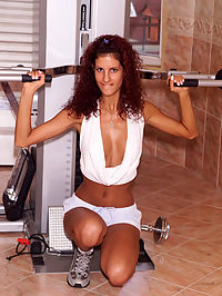 Yasmine Works Out - 292007 : yasmine02