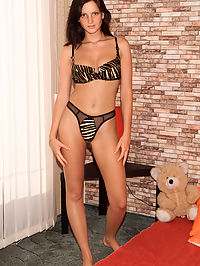 Sandra Shines Gaping Pussy - 1282006 : sandrashine01