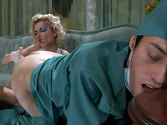 Madeleine and Jack naughty strapon video : Naughty blonde chick Madeleine calls in a doctor pretending to be very sick, but when he finally shows up, she tricks him into some medical play. Putting on a pair of latex gloves and pushing his uniform pants down, she gives Jack a proper rectal inspection. She starts with one finger, but soon the poor male doc has to take the whole fist up his pretty loosened rear end.