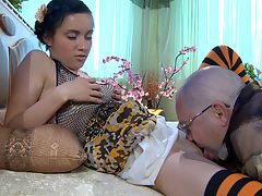 Veronica and LeonardB daddy sex video : When it comes to some sweet snug girl pussy you can bet Leonard B will get his his boner stiff and ready so he could bang some gripping girl vagina and this time Veronica is his choice. The cutie jumps on his fat juicy dick and soon he and aposs slamming that nasty girl cunt of hers. Now that he and aposs fucked her hard he and aposll bust a fat juicy nut in her.