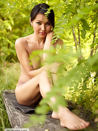 Summer Dream : Asian cutie Agnes is playing a little hide and seek on a sunny day. Too bad for her that she is not very good in it and provide us wonderful views on here nude body.