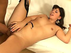 Amber Sky, Girl Next Door 11 : Amber Sky enjoys every of it