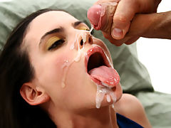Fill My Ass : Hot Argentinean girl Angeles Barroso gets her ass fucked really hard and earns a sticky warm cum on her face