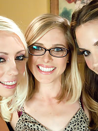 The Bottom Feeder Chanel, Penny and Lorelei : Penny Pax gets worked over by two sexy dommes Chanel Preston and Lorelei Lee. They make her the bottom feeder who licks their asses and gets mistreated. Penny has her asshole fucked by the two aggressive women but Chanel becomes jealous and has her ass filled with big toys which are feed to Penny straight from deep inside her butt hole. Then Penny takes on an anal fisting and Chanel follows with her very first successful anal fisting. Lastly, Lorelei fucks both girls with a thick strap-on cock!