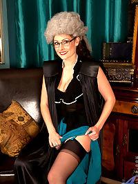 Anilos.com Sophiadelane - Sophia Delane loves to spread her pink pussy for Anilos : Sophia Delane loves to spread her pink pussy for Anilos
