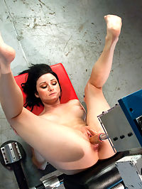 Holes of Action Hot Babe Fucked by Machines Bigger than Her : Veruca is put to the test with huge cocks on machines that dominate her pussy and ass. She is no quitter though and the result is hard orgasms and a well fucked babe. The Annihilator is a massive machine that is twice the size of Veruca. She looks like an ant sitting a top a giant cock on the Empire State Building. She straddles the machine and lets it pound her ass until she is screaming in pleasure. The Sybian finishes her off nicely with a mega-vibe orgasming finale.