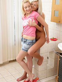Gianna and Elise - Dildo Friends - Blonde friends fuck with a dildo