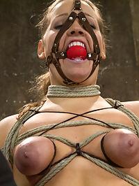 naked tattooed thick women