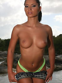 Lucy Belle : Sexy euro babe Lucy Belle gets naked and shwo us her firm tits and shaved pussy by the river