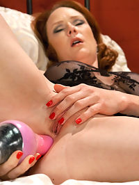 The Ginger Queen and the Machines -Ass Fucking Double Anal Pussy Poundin : The famous Audrey Hollander finally agreed to come try our machines and its worth the wait! The fair skinned, ginger Queen pulls all her tricks out and shows us why she reins in ass fucking country. Double Anal, double penetration, pussy nailing and good ol fashion big dick ass fucking with the pride of our fleet - The Crystal Palace, Thor, The Gynobot, The Snake and our latest gizmo of cum - The Orgasmatron! Audrey lives up to the ginger stereotype and is a firey shag that leaves us satisfied.
