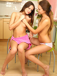 Cute Teens : This time you have a good chance to see the hottest lesbian teen girls sweet show off in these pictures.