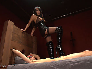 Get Ready for NASTY Anal Creampies, cum eating, fucking and TOTAL DOM : Jessica Fox is in RARE nasty form - and that is saying a lot. She comes out swinging and her hooded, chained up man doesnt know what to do with himself. He better just get his cock hard if he knows whats good for him. Its a day of punishment and fucking for him from Jessicas hot, hard cock and her nasty ways. She rides his dick until he shoots a fat load up her ass. But Jessicas one to share, so she pushes the creampie out, slurps it up and spits it in his mouth. Yeah, that happened. Her own load goes all over his gaping ass hole as he breathlessly asks for her to finish because his hole is getting too sore to take any more pounding from Jessica.