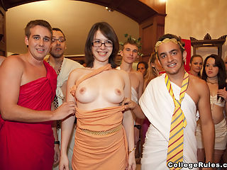 Toga orgy! -2 : College orgies caught on film!