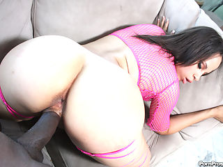 Hot big booty ebony slut gets fucked hard in her tight pussy!
