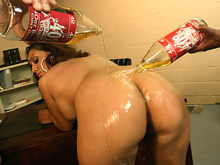 Huge sexy Latina ass gets the 40oz treatment