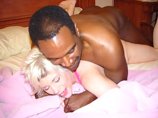 White girl likes the black cock.