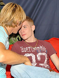 Micheals got his gay mojo going on in these first time hardcore anal drilling pics