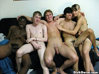 Hot user submitted real dorm room sex party pics