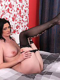 Anilos.com Lauradark - Naughty Anilos cougar in stockings finger fucks her pussy to orgasm : Naughty Anilos cougar in stockings finger fucks her pussy to orgasm