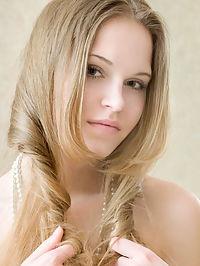 Poker Face : Melena D.