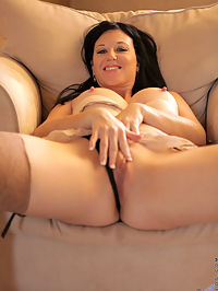 Anilos.com Liciousgia - Gorgeous mom with big boobs stuffs her pussy with a dildo : Gorgeous mom with big boobs stuffs her pussy with a dildo