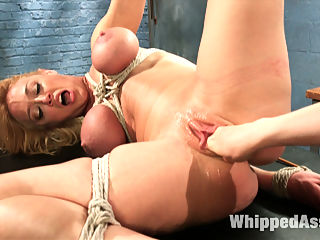 Complete Submission of Darling : Darling returns for a very intense lesbian BDSM experience with Lorelei Lee including lesbian bondage, fisting and anal fucking!