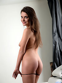 Nubiles.net Silvia Jons - Horny sweetheart with big natural tits rubs her throbbing clit : Horny sweetheart with big natural tits rubs her throbbing clit