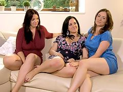 Three Bosom Buddies : Joana and her fellow Romanian girlfriends relax on a couch and get chatted-up after making their threesome tit-to-tit scene, Big Tit Pussy Picnic.br br Roxanne and Amorina introduce themselves and, of course, Joana Bliss needs no introduction at iSCORELANDi. The babes talk about their big boobs and what theyve been up to and they pull out the tape to see how they measure up. Joana is a New Age metaphysician and she brings total feel-good bliss wherever she goes and to whoever she rubs up against. And that comes through on film too!