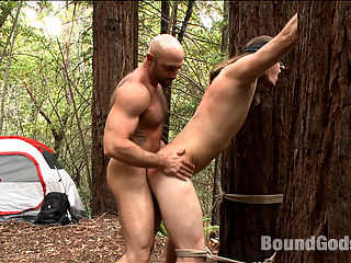 The Cabin Prequel - The Best Friends Son - Part One : KinkMen is proud to present this week, the prequel to the The Cabin. In this dark tale, Tatum finds out that his best friend and business partner Morgan is unable to make it to the cabin for their usual weekend romantic rendezvous because Morgan is busy with his wife. Instead, Morgans son Kip will be there with some hippy friends. Fantasizing about Kip, Tatum rushes off to the cabin and cant help but creep on Kip as hes taking a shower. Tatum soon finds out little Kip is all grown up and has a very dark side.